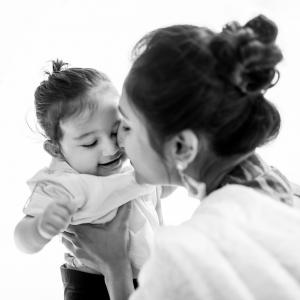 Neeta-Shankar-Photography-Lifestyle-Family-Portrait-Session