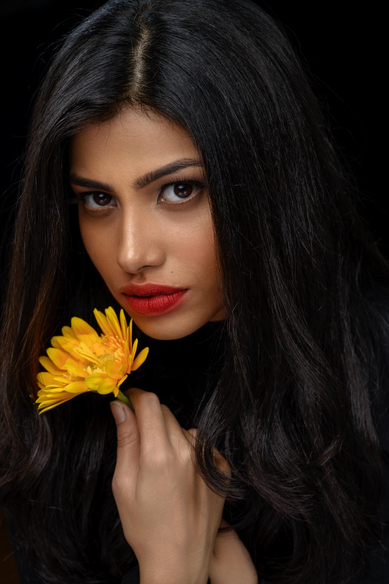 Neeta-Shankar-Photography-Portrait-Shoot-Model-Portfolio-Contemporary-Portraits-Beauty-Shots